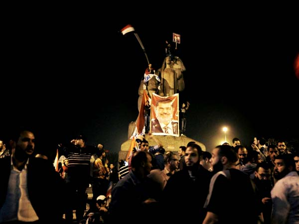 Egypt: Protest near presidential palace