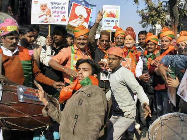 Narendra Modi wins, Gujarat celebrates
