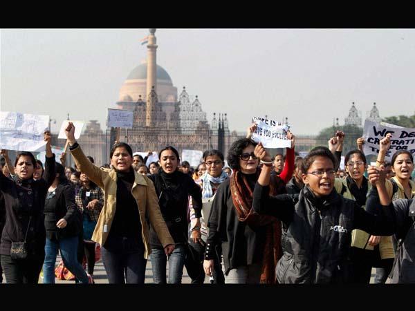 activists-delhi-rape