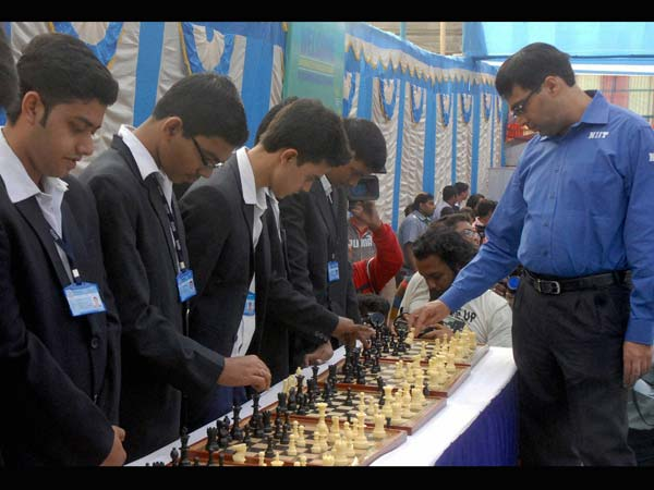 Viswanathan Anand wins 5th World Chess Championship title