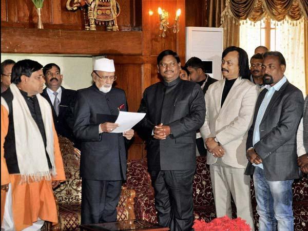 Arjun Munda with NDA MLAs