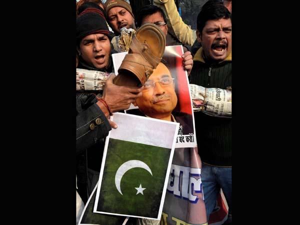 BJP members protest against the brutal killing