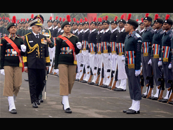 Chief of the Naval Staff Admiral DK Joshi inspecting a guard of honour