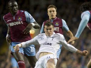 'Gareth Bale is as good as Ronaldo'
