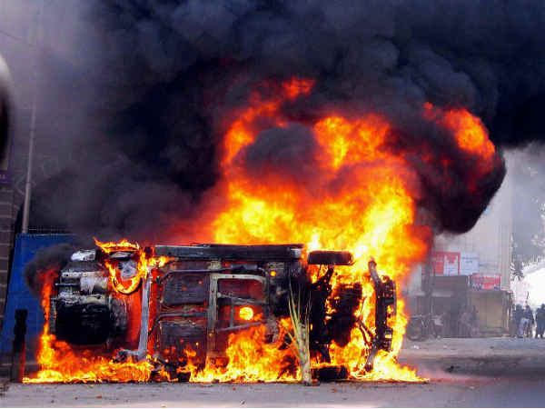 Violence in Noida