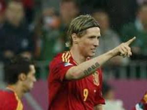 Fernando Torres left out of Spain squad