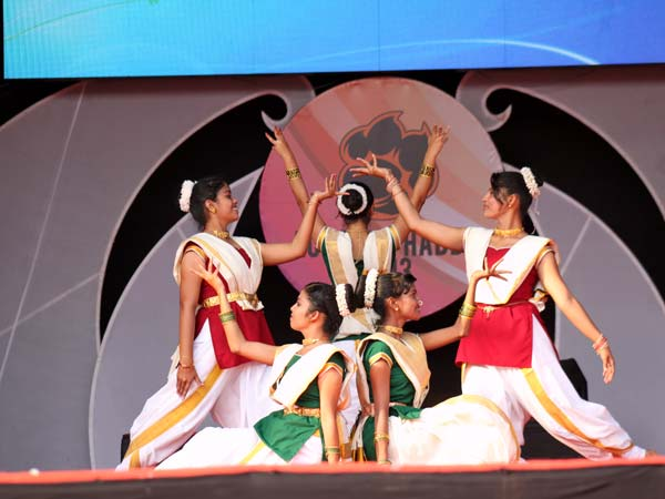 Group dance by students at Acharya Habba 2013