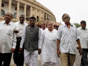 mulayam-singh-parliament
