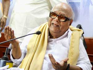 Won't support UPA from outside: Karuna