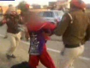 Punjab Police beats woman