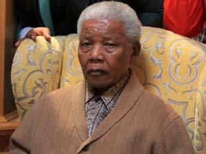 Mandela makes rare appearance on TV