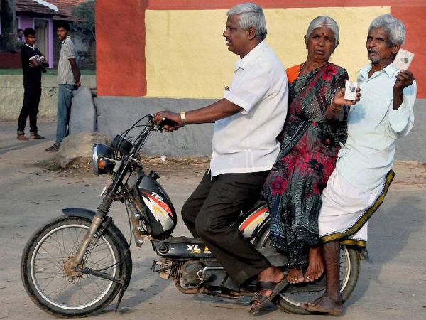 kar-elderly-voters