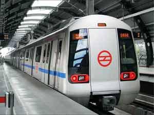 Voltage fluctuations slow down Metro blue line