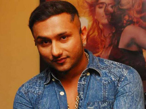 Honey Singh in trouble for lewd lyrics