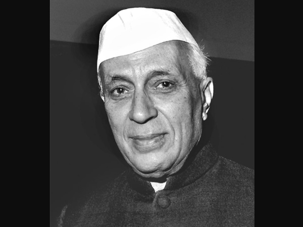 Nehru death anniv: Leaders pay homage