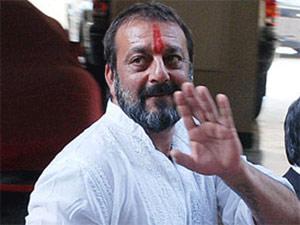sanjay-dutt-hand