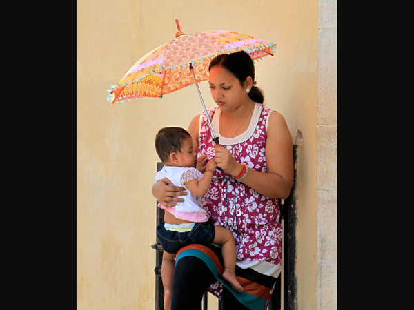 Heat wave continues across India