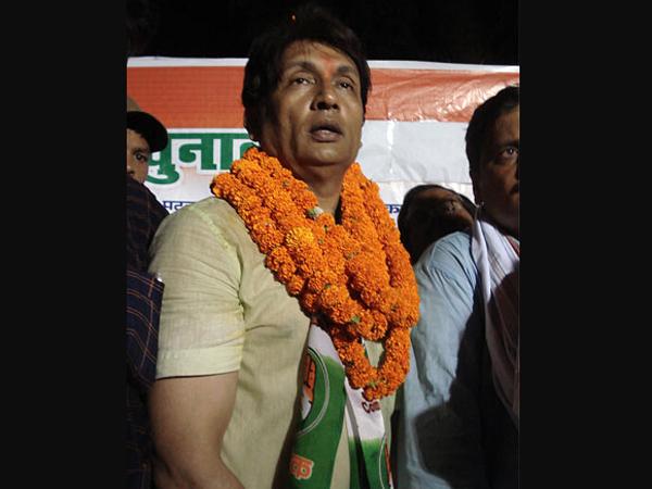 'Congressman' actor backs Modi as PM