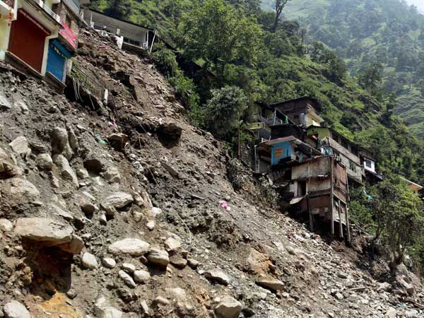 'U'khand disaster a national tragedy'