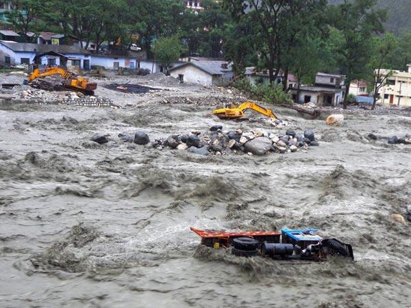 essay on disasters of flood