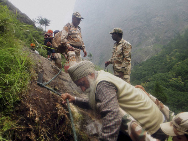 uttarkhand-pilgrims-rescued