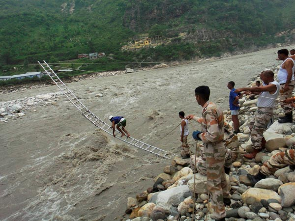 ITBP personnel rescuing flood victims