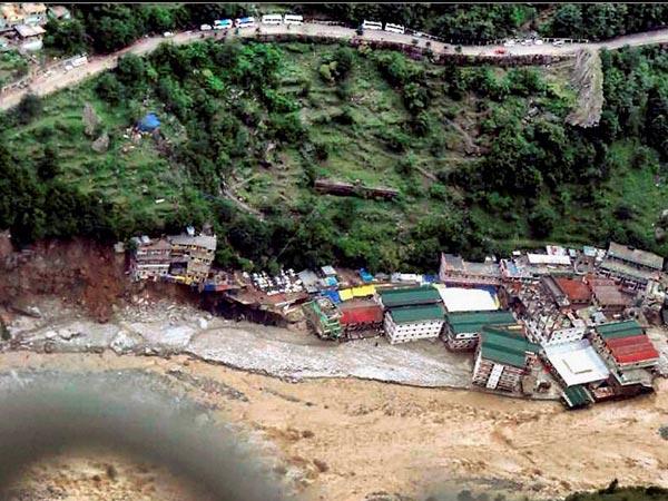 Porters, ponies stranded in Uttarakhand