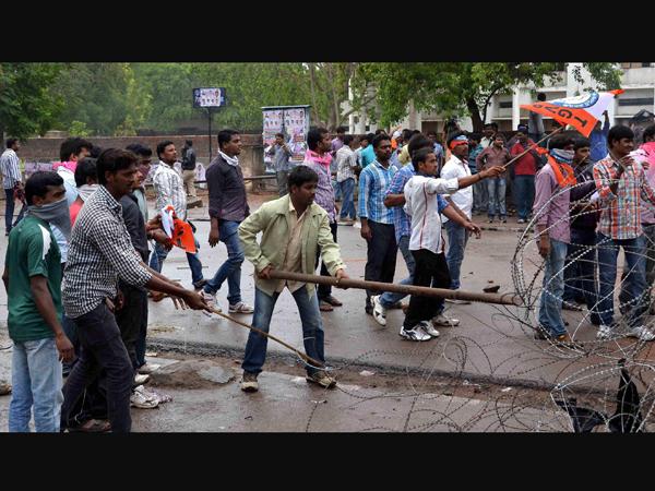 'Take decision on Telangana fast'