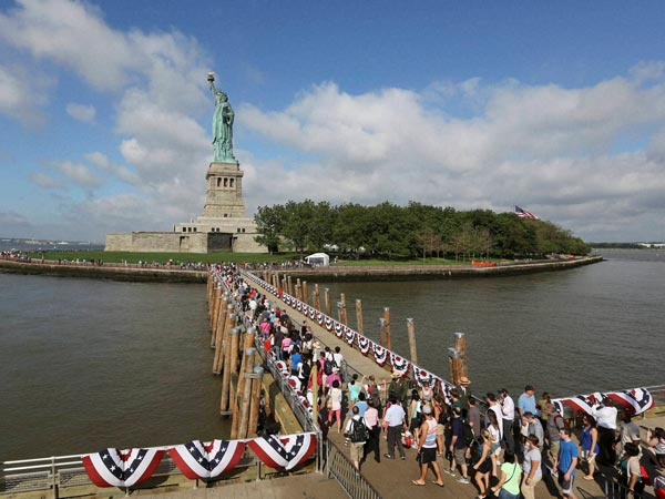 US I-Day: Statue of Liberty reopened