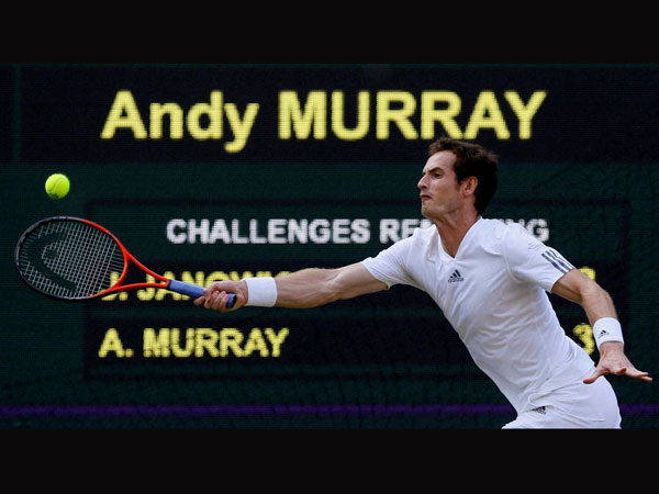 Andy Murray oin action