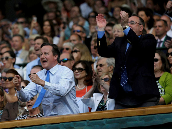 British Prime Minister David Cameron cheers for Murray