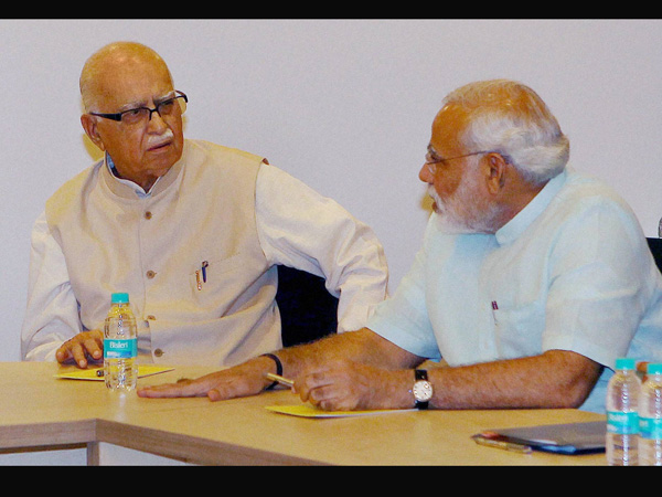 Advani and Modi at Parliamentary Board meeting