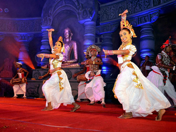 Sri Lankan artistes perform at Bodh Mahotsav