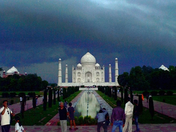 Taj Mahal in monsoon