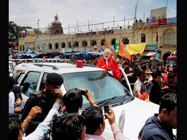 Modi arrives for darshan at the Lord Jagannath temple