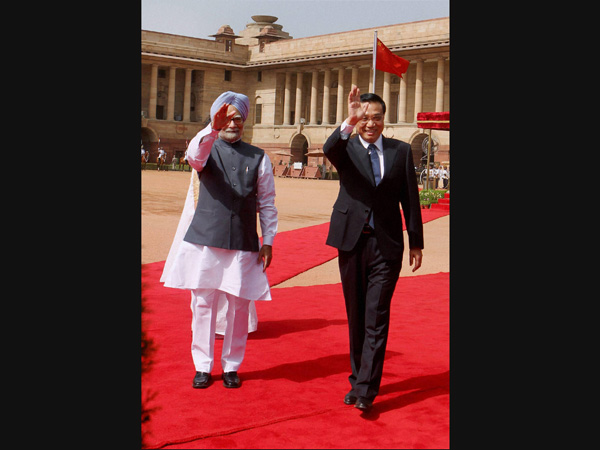 Manmohan Singh with Chinese PM