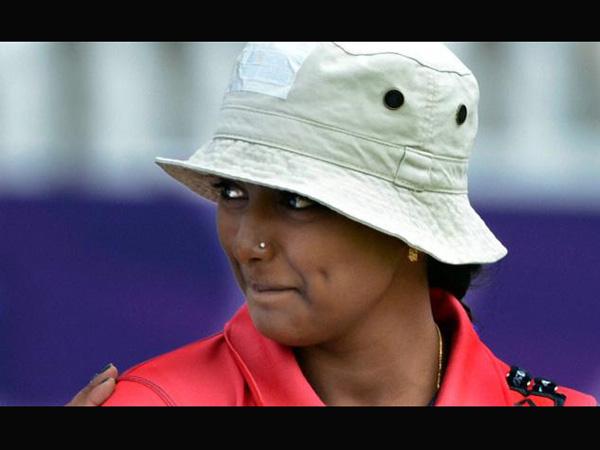 Deepika shoots gold in archery