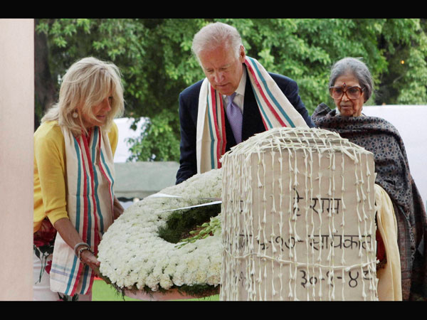 Joe Biden with his wife Jill paying homage to Mahatma Gandhi