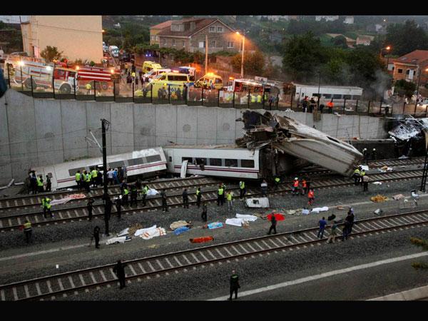 Spain train crash: 60 dead