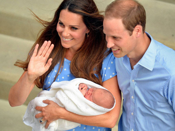 Royal baby with his parents