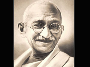 'I am Mahatma Gandhi's incarnation'