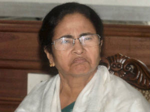Mamata didi slams Congress on Telangana