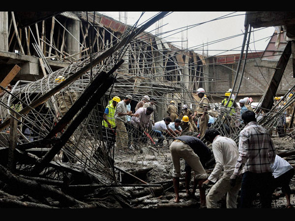 Building collapses in B'lore, 3 killed