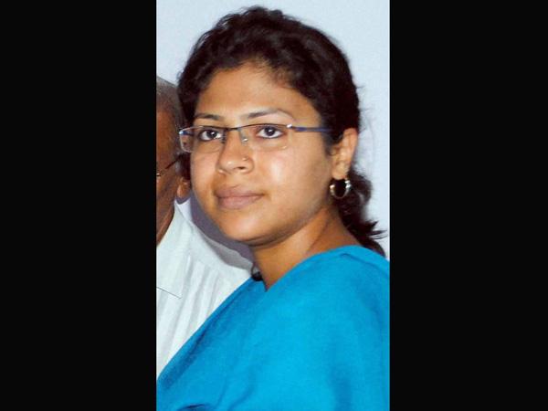 SP minister asks Durga to apologise