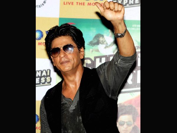 Now, SRK eyes a Kolkata football club