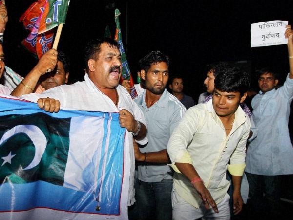 anti-pak-protests