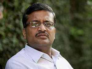 AAP offers ticket to IAS officer Khemka