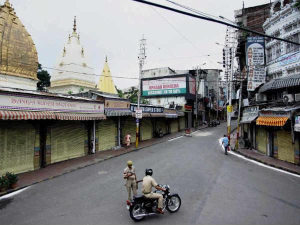 Kishtwar curfew: Journalists kept away