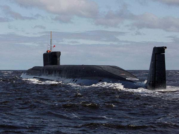 Submarine: Efforts on to rescue sailors