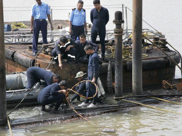 submarine-blasts-mumbai